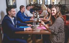 Co se děje při speed dating události