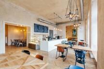 photo_WeAreProduction3.jpg - SmetanaQ Cafe a Bistro/ přízemí