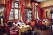 18-47-Cafegrandhotel-kavarna2.jpg -