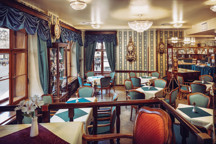 18-47-Cafegrandhotel-kavarna3.jpg -