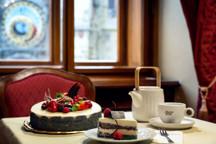 19_003-Grandhotel0530-dort2-kopie.jpg - makový dort naše specialita