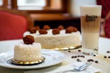 19_003-Grandhotel0530-dort4-kopie.jpg - kokosový dort