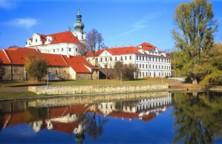 01736800_1360330573.jpg - Břevnovský klášter