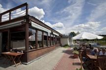 podolka_venku_1354114199.jpg - Restaurace Podolka