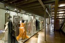 pribeh-vlakna_sal-textilu-a-mody.jpg - Stálá expozice: Příběh materiálů