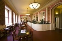 louvre.jpg - Café Louvre