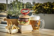 BeerGardenKarlinBurger.jpg - Beer Garden Karlin