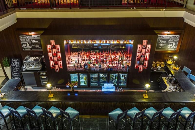 Bourbon_Bar_interier_2.jpg