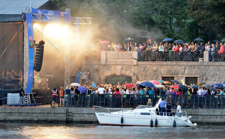 Auta na náplavce 2018 - Koncert Tomáše Kluse