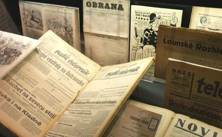 Labyrint informací a ráj tisku - @online