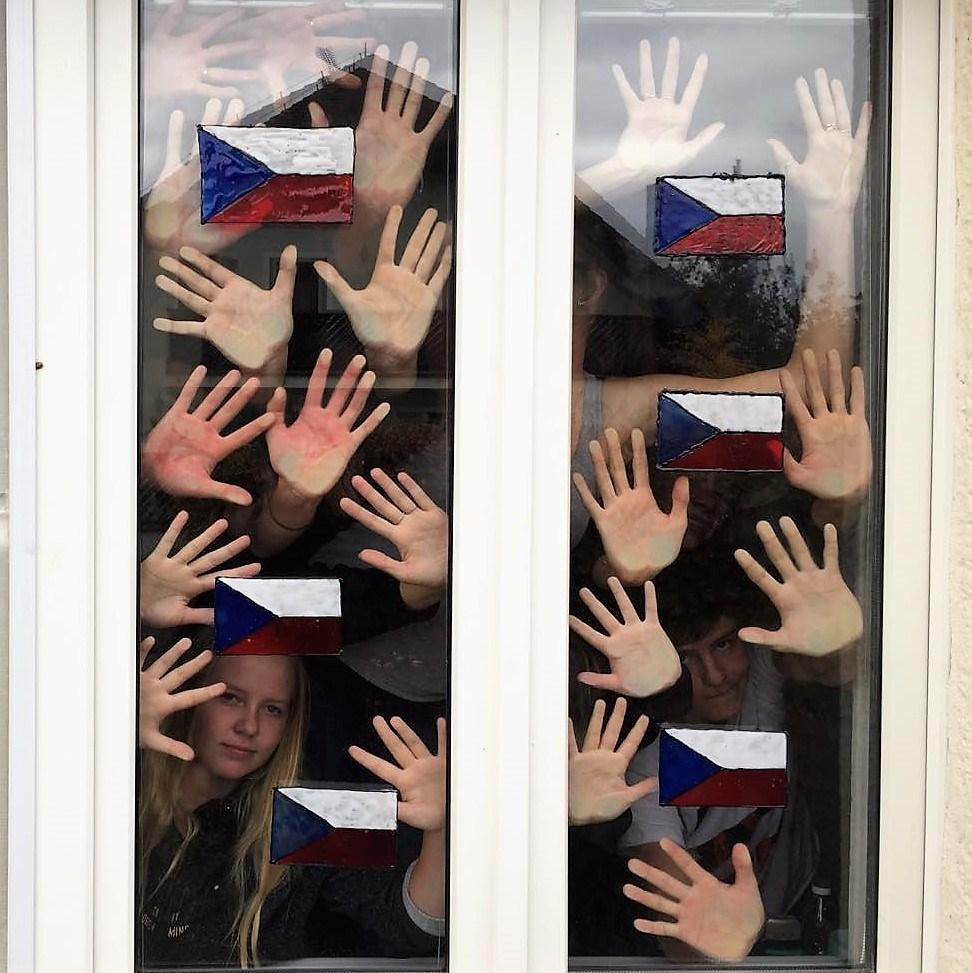 Český den s českými vlajkami Naděje - online