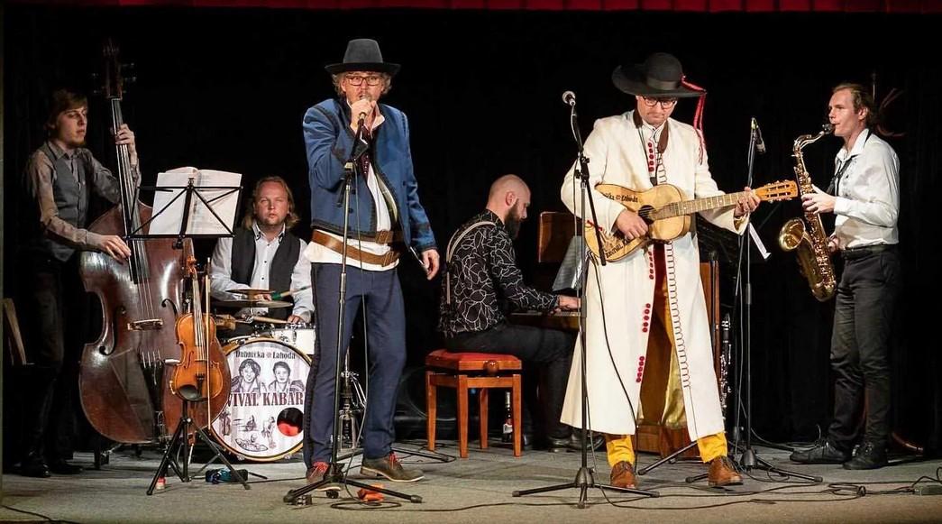 Dubnička Lahoda revival kabaret - záznam
