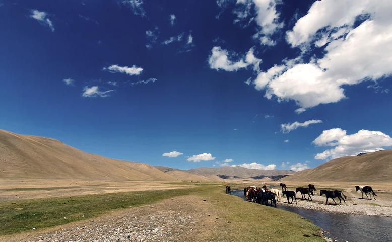 ONLINE: Kyrgyzstán - V zemi nomádů a Nebeských hor