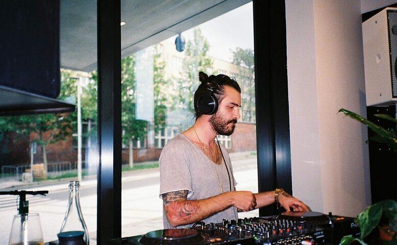 Thursday Night Groovin' with DJ Shaun
