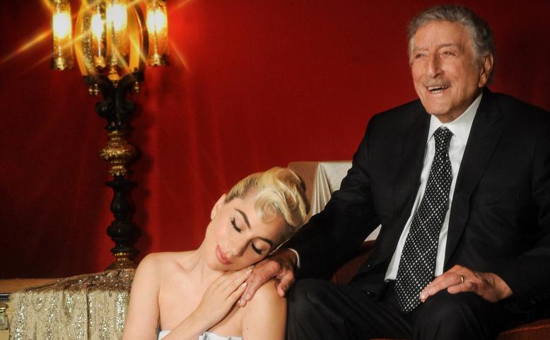 Lady Gaga online