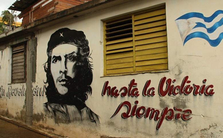 ONLINE: Kuba