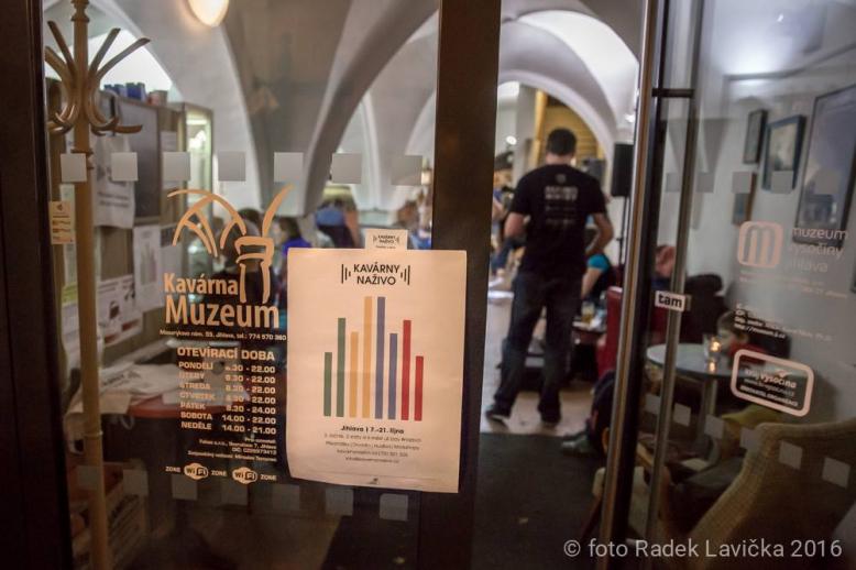 Kavárny naživo - Zahájení festivalu