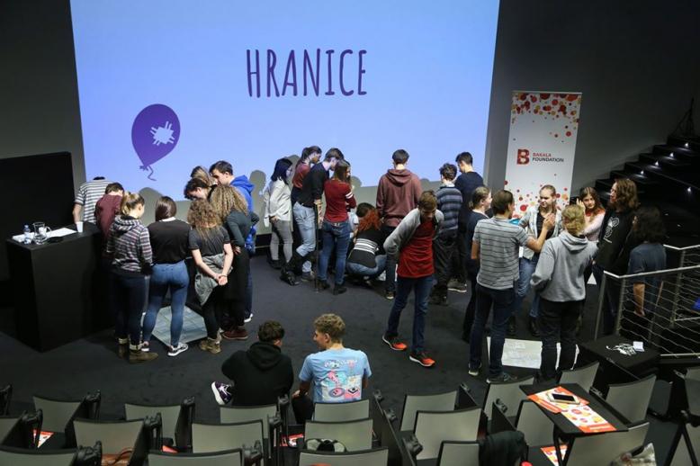 Zvídavá nadílka 2019: přednášky a workshopy pro studenty