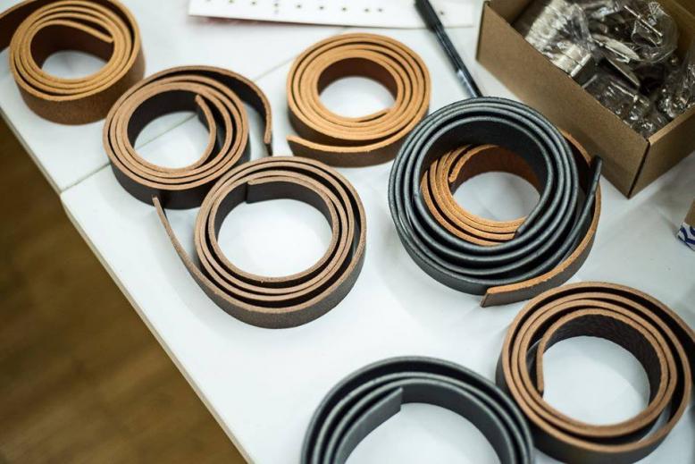 Výroba koženého opasku
