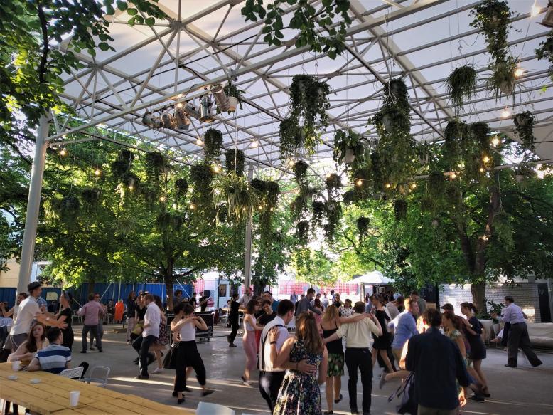 Letní swingové tančírny na Gauči