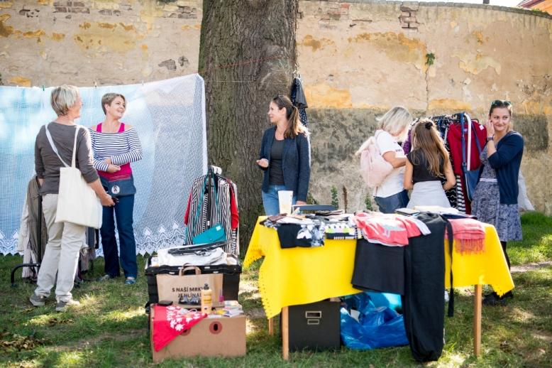 Povánoční bazar