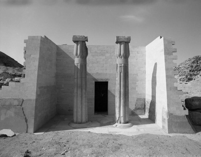 Mezi Prahou a Káhirou. 100 let české egyptologie