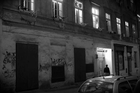 Image result for puberťáci večer na ulici